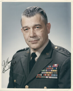 Autographs: GENERAL FERDINAND J. CHESAREK - PHOTOGRAPH SIGNED
