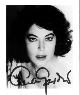 AVA GARDNER - AUTOGRAPHED SIGNED PHOTOGRAPH