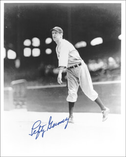LEFTY GOMEZ - AUTOGRAPHED SIGNED PHOTOGRAPH