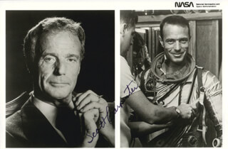 SCOTT CARPENTER - AUTOGRAPHED SIGNED PHOTOGRAPH