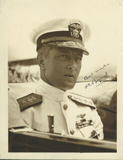 Autographs: REAR ADMIRAL RICHARD E. BYRD - PHOTOGRAPH SIGNED