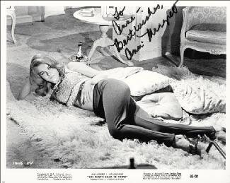 ANN-MARGRET - AUTOGRAPHED INSCRIBED PHOTOGRAPH  - HFSID 145148