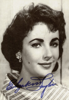 ELIZABETH LIZ TAYLOR - PICTURE POST CARD SIGNED