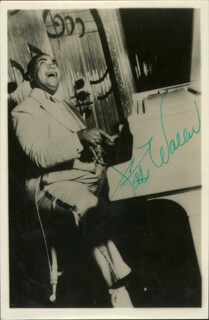 Autographs: FATS (THOMAS) WALLER - PICTURE POST CARD SIGNED