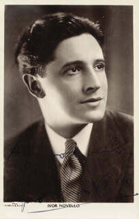 IVOR NOVELLO - PICTURE POST CARD SIGNED