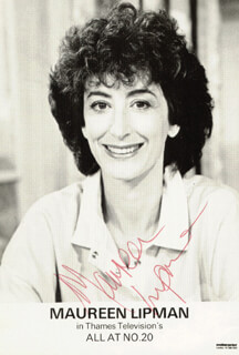 MAUREEN LIPMAN - PRINTED PHOTOGRAPH SIGNED IN INK