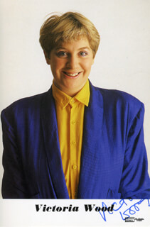 VICTORIA WOOD - PRINTED PHOTOGRAPH SIGNED IN INK