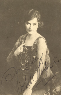 VIOLET HOPSON - PICTURE POST CARD SIGNED
