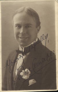 WHIT CUNLIFFE - PICTURE POST CARD SIGNED CIRCA 1918