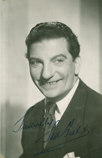 SID FIELD - AUTOGRAPHED SIGNED PHOTOGRAPH