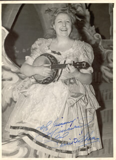 TESSIE O'SHEA - AUTOGRAPHED INSCRIBED PHOTOGRAPH