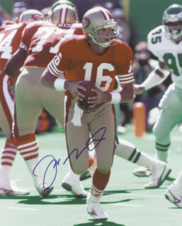 JOE MONTANA - AUTOGRAPHED SIGNED PHOTOGRAPH