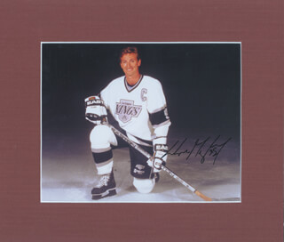 WAYNE GRETZKY - AUTOGRAPHED SIGNED PHOTOGRAPH