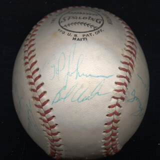 THE PITTSBURGH PIRATES - AUTOGRAPHED SIGNED BASEBALL CIRCA 1971 CO-SIGNED BY: AL MR. SCOOP OLIVER, CHARLIE SANDS, JIM NELSON, JOSE PAGAN, BOB (ROBERT) VEALE, GENE CLINES, NELSON NELLIE BRILES, BOB JOHNSON