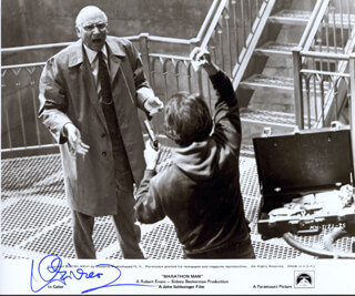 LAURENCE OLIVIER - AUTOGRAPHED SIGNED PHOTOGRAPH CIRCA 1976