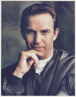 KEVIN COSTNER - AUTOGRAPHED SIGNED PHOTOGRAPH