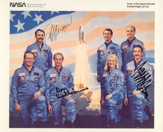 S. DAVID GRIGGS - AUTOGRAPHED SIGNED PHOTOGRAPH CO-SIGNED BY: CAPTAIN DONALD E. WILLIAMS, JEFFREY A. HOFFMAN