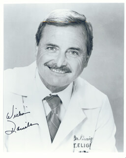 WILLIAM DANIELS - AUTOGRAPHED SIGNED PHOTOGRAPH