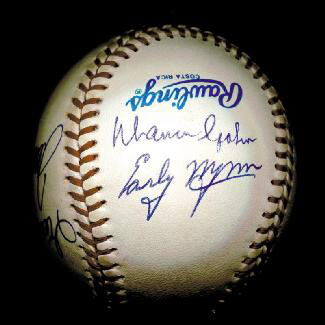 Autographs: 300+ CAREER WINS - BASEBALL SIGNED CO-SIGNED BY: GAYLORD PERRY, DON SUTTON, STEVE CARLTON, PHIL KNUCKSIE NIEKRO, WARREN SPAHN, EARLY WYNN, NOLAN RYAN, TOM TOM TERRIFIC SEAVER