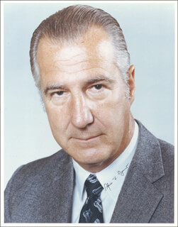 Vice President Spiro T. Agnew Autographs 152499