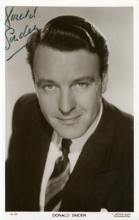DONALD SINDEN - PRINTED PHOTOGRAPH SIGNED IN INK