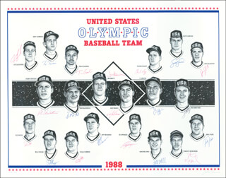 Autographs: U.S. OLYMPIC BASEBALL TEAM - PRINTED ART SIGNED IN INK CO-SIGNED BY: MIKE LEFTY FIORE, BEN McDONALD, JOE SLUSARSKI, TY GRIFFIN, ANDY BENES, JIM ABBOTT, CHARLES NAGY, TED (EDWARD ROBERT) WOOD, SCOTT SERVAIS, DOUG ROBBINS, TINO MARTINEZ, BRET BARBERIE, MICKEY MORANDINI, ED SPRAGUE, ROBIN VENTURA, JEFF BRANSON, TOM GOODWIN, MIKE MILCHEN, BILLY MASSE, DAVE SILVESTRI, JOHN PARSONS
