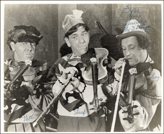 FIDDLER''S THREE MOVIE CAST - AUTOGRAPHED INSCRIBED PHOTOGRAPH CO-SIGNED BY: THREE STOOGES (SHEMP HOWARD), THREE STOOGES (LARRY FINE), THREE STOOGES (MOE HOWARD), THE THREE STOOGES