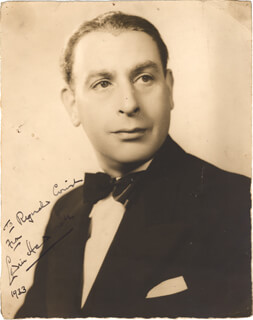 SIR CEDRIC HARDWICKE - AUTOGRAPHED SIGNED PHOTOGRAPH 1933