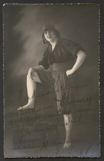 YVONNE ANDRY - INSCRIBED PICTURE POSTCARD SIGNED 02/03/1928