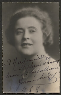 YVONNE ANDRY - INSCRIBED PICTURE POSTCARD SIGNED 09/14/1920