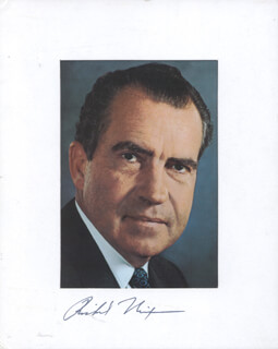 PRESIDENT RICHARD M. NIXON - PHOTOGRAPH MOUNT SIGNED
