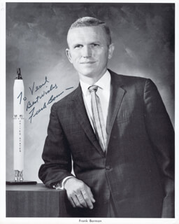 Autographs: COLONEL FRANK BORMAN - INSCRIBED PHOTOGRAPH SIGNED
