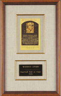 WARREN SPAHN - BASEBALL HALL OF FAME PLAQUE POSTCARD SIGNED