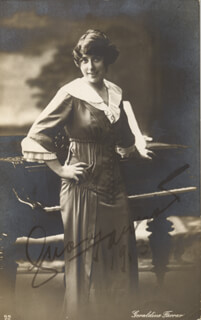 GERALDINE FARRAR - INSCRIBED PICTURE POSTCARD SIGNED 1913