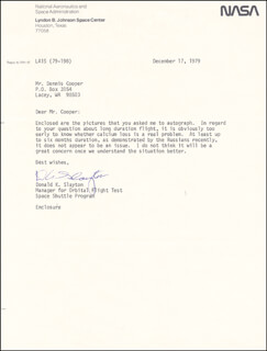 MAJOR DONALD DEKE SLAYTON - TYPED LETTER SIGNED 12/17/1979