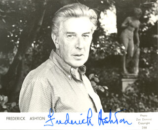 Autographs: SIR FREDERICK ASHTON - PRINTED PHOTOGRAPH SIGNED IN INK