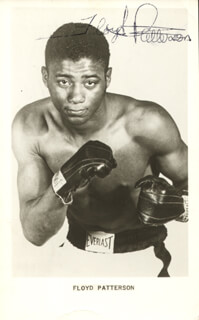 FLOYD PATTERSON - PICTURE POST CARD SIGNED CIRCA 1957
