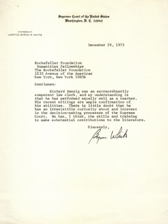 Autographs: ASSOCIATE JUSTICE BYRON R. WHITE - TYPED LETTER SIGNED 12/29/1975