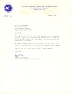 MAJOR DONALD DEKE SLAYTON - TYPED LETTER SIGNED 03/22/1972