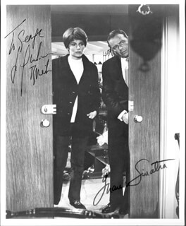 THE DETECTIVE MOVIE CAST - AUTOGRAPHED INSCRIBED PHOTOGRAPH CO-SIGNED BY: FRANK SINATRA, JACQUELINE BISSET