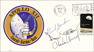 CAPTAIN RICHARD F. DICK GORDON JR. - COMMEMORATIVE ENVELOPE SIGNED CO-SIGNED BY: CAPTAIN CHARLES PETE CONRAD JR., CAPTAIN ALAN L. BEAN