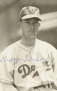 GEORGE LEFTY DOCKINS - AUTOGRAPHED SIGNED PHOTOGRAPH