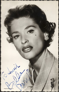 Autographs: BELLA DARVI - INSCRIBED PICTURE POSTCARD SIGNED