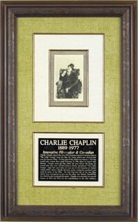Autographs: CHARLIE THE LITTLE TRAMP CHAPLIN - PICTURE POST CARD SIGNED