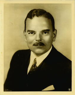GOVERNOR THOMAS E. DEWEY - AUTOGRAPHED SIGNED PHOTOGRAPH