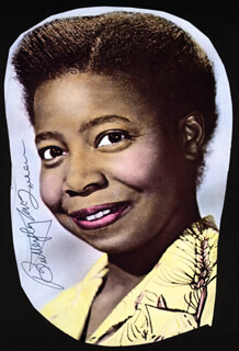 BUTTERFLY McQUEEN - MAGAZINE PHOTOGRAPH SIGNED