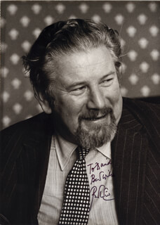 PETER USTINOV - AUTOGRAPHED INSCRIBED PHOTOGRAPH