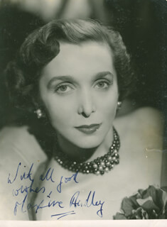 Autographs: MAXINE AUDLEY - PHOTOGRAPH SIGNED