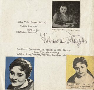 Autographs: VICTORIA DE LOS ANGELES - PRINTED CARD SIGNED IN INK