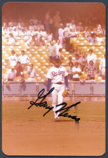 GARY LEE WEISS - AUTOGRAPHED SIGNED PHOTOGRAPH